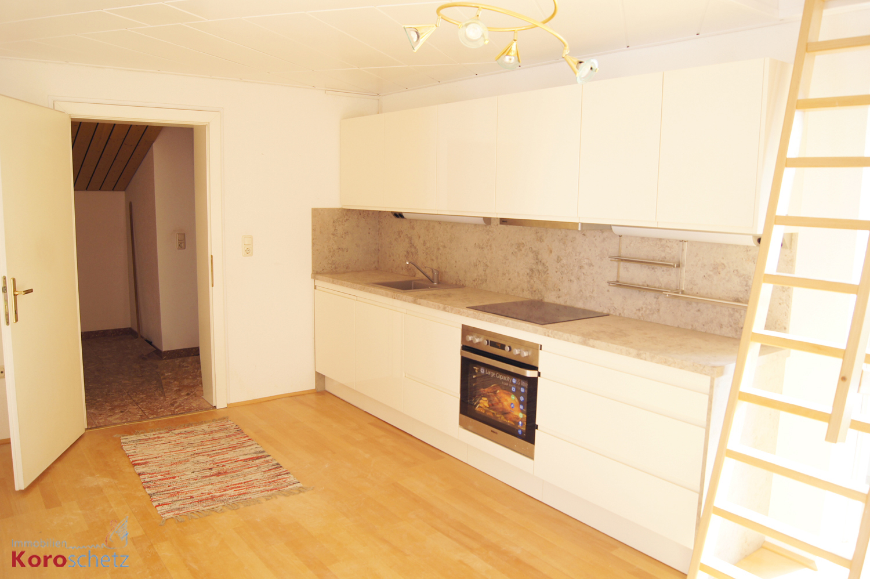 gro es haus mit potential selbstbewohnen oder vermieten immobilien koroschetz. Black Bedroom Furniture Sets. Home Design Ideas